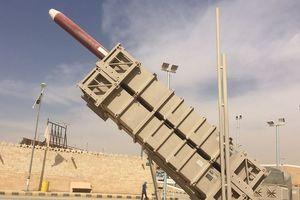 Lực lượng phòng không Saudi đánh chặn tên lửa của phiến quân Husit