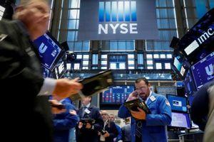 S&P 500 'hụt hơi' vì căng thẳng thương mại leo thang