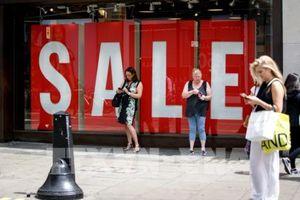 Anh: Hàng loạt thương hiệu lâu đời phải đóng cửa nhiều cửa hàng bán lẻ