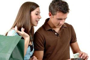Vợ chồng chung tiền, điều gì sẽ xảy ra?