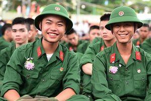 Thí sinh Hòa Bình đỗ thủ khoa các trường Sỹ quan Pháo binh, Phòng hóa