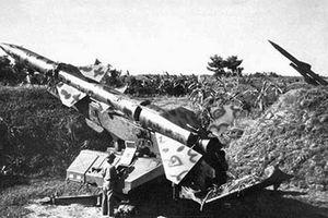 Phòng không Việt Nam đối đầu bộ 3 mạnh nhất Mỹ