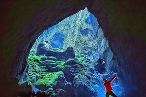 Sao Việt tự hào chinh phục hang động lớn nhất thế giới ở Việt Nam