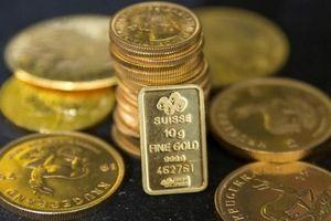 Giá vàng nhích nhẹ nhưng vẫn ở mức đáy