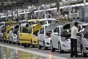 Tháng 7, ôtô nguyên chiếc nhập vào Việt Nam tăng tới 96%