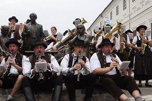 Ban nhạc kèn hơi nổi tiếng của Đức sẽ trình diễn tại phố đi bộ hồ Hoàn Kiếm