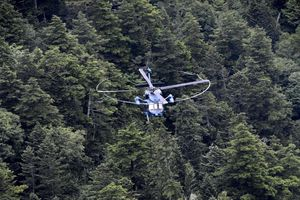 Trực thăng rơi tại miền trung Nhật Bản, ít nhất 8 người chết