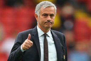 MU thắng nhọc Leicester, Jose Mourinho vẫn tung hô học trò