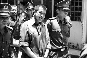 Tòa bất ngờ chuyển khung phạt cựu CSGT Nguyễn Cảnh Chân