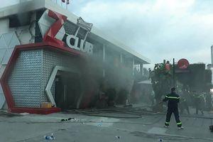 Cháy lớn tại vũ trường Zima bên bờ biển Nha Trang