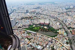 Những cao ốc chọc trời ở Sài Gòn nhìn từ tòa tháp cao nhất Việt Nam