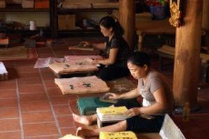 Khó khăn trong bảo tồn nghề tranh Ðông Hồ