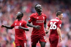 Liverpool đè bẹp West Ham 4-0