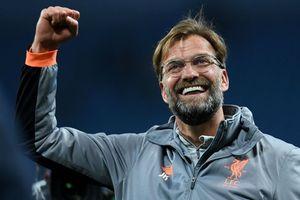 'Klopp sẽ được xem là thánh nếu giúp Liverpool vô địch Anh'