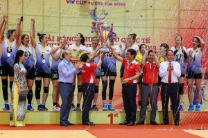 Các cô gái Việt Nam lần thứ 5 vô địch bóng chuyền nữ quốc tế VTV