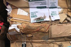 Cử 4-5 công chức phối hợp lấy mẫu kiểm định phế liệu nhập khẩu