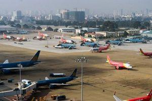 Ba hãng hàng không đồng loạt xin tăng giá vé: Chuyên gia kinh tế nói gì?
