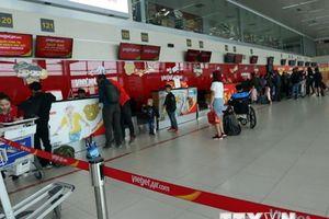 Giá nhiên liệu tăng, các hãng hàng không đề nghị tăng giá vé