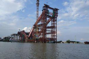 Sắp hợp long cầu vòm thép dáng độc 'cánh chim biển' ở Hải Phòng