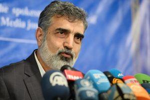 Iran đe dọa tăng cường làm giàu uranium