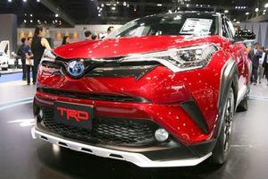 'Soi' Toyota C-HR: Giá tại Việt Nam đắt hơn Indonesia 1,2 tỷ đồng