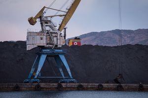 4 tàu vận chuyển than từ Triều Tiên bị cấm cập cảng Hàn Quốc