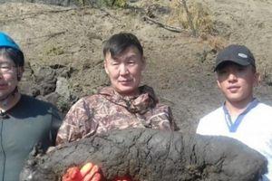 Nga: Xác sinh vật 40.000 năm nguyên vẹn ở 'cánh cửa tới địa ngục'