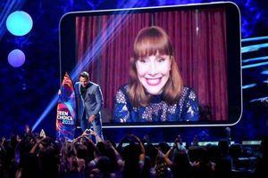 Chris Pratt và Bryce Dallas Howard giành chiến thắng tại Teen Choice Awards 2018