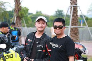 MC Anh Tuấn dẫn đầu đoàn mô tô khủng Hà Nội hội tụ 3 miền