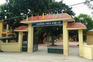 Học sinh ở Sóc Sơn, Hà Nội bị thầy giáo lên gối, tát xước mặt