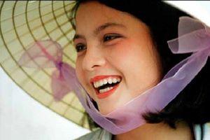 Mỹ nhân 'Nụ cười Việt Nam': 'Mình chẳng giàu có hơn, chỉ vui vì được khen xinh'