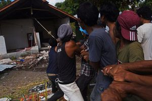 Động đất ở Indonesia: Thiệt hại vượt quá 342 triệu USD khi số người chết tăng lên hơn 430 người