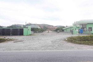 Hà Tĩnh: Người dân đã giải tán khỏi cổng nhà máy rác gây ô nhiễm