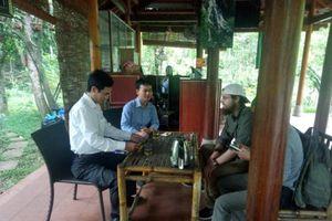 Quảng Bình: Nhân viên điểm du lịch trả lại hơn 30 triệu đồng cho du khách Mỹ đánh rơi