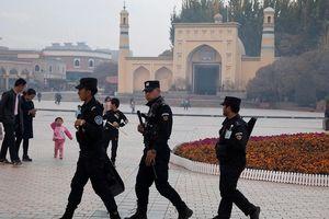 Trung Quốc bác cáo buộc giam giữ 1 triệu người Duy Ngô Nhĩ