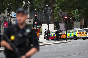 Đâm xe vào khu vực tòa nhà Quốc hội Anh, nhiều người bị thương