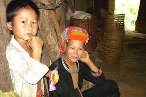 Xóa nghèo cho đồng bào dân tộc miền núi: Vẫn còn thách thức!