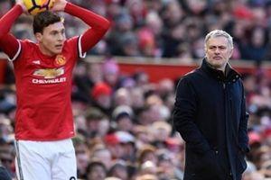 Mourinho ra quyết định quan trọng với Victor Lindelof