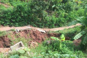 Sơn La: Di dời khẩn cấp 8 hộ dân ra khỏi vùng sạt lở nguy hiểm