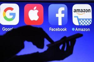 Amazon sắp sánh đôi cùng Apple, chạm vạch đích 'vốn hóa 1.000 tỷ USD'