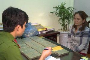 Đắk Lắk: Khám phá vụ vận chuyển 22 bánh hêrôin từ Lào
