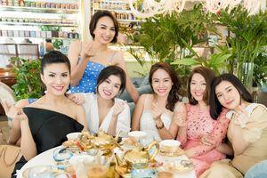 Dàn người đẹp Hoa hậu du lịch Việt Nam 2008 gặp lại nhau sau 10 năm