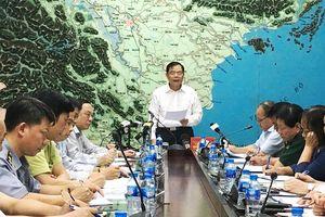 Bộ trưởng Nguyễn Xuân Cường chủ trì họp ứng phó bão số 4