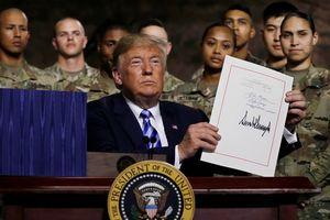 Tổng thống Donald Trump tăng cường quân lực Mỹ