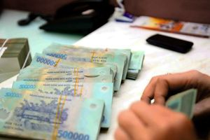 Kế toán trường tiểu học nâng khống hệ số lương lấy gần 2,2 tỉ đồng