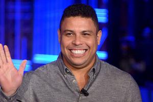 Qua cơn nguy kịch, Ronaldo ''béo'' chính thức xuất viện