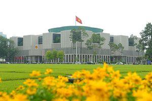 Đại biểu Gặp gỡ hữu nghị thanh niên Việt -Trung tham quan Nhà Quốc hội