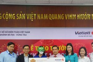 Xổ số Vietlott: 47 tỷ vừa trao tay nữ 'đại gia' tại Đồng Nai, lại có người trúng 3,5 tỷ