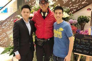 Phan Thành 'lọt thỏm' khi đứng cạnh tài tử TVB - Mã Đức Chung