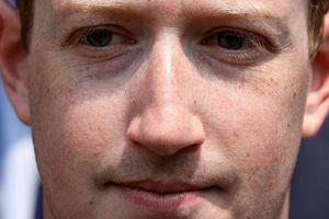 Facebook hiển thị nội dung của bao nhiêu bạn bè trên newsfeed người dùng?